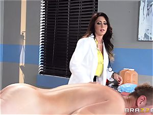 mouth-watering physician Jessica Jaymes relaxes her pulsing patient