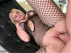Brooklyn Bailey likes the muscled sword working rock-hard to spew out on her