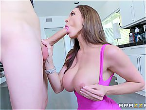 wonderful cougar Kendra fervor drills youthfull guy