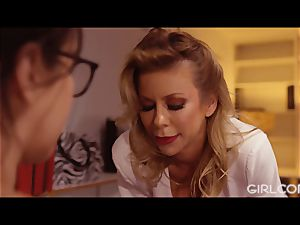 GIRLCORE chief milf Alexis Fawx munches Out April O'Neil
