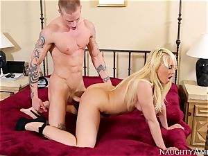 Kagney Linn Karter is teaching her younger bro to plow