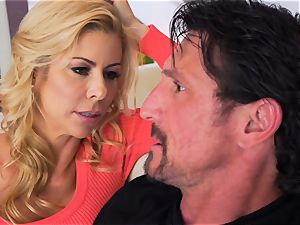 Milffest pt1 Alexis Fawx cooter pumped by Tommy gunn