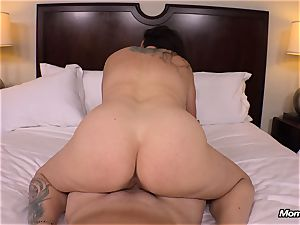 thick natural bosoms mummy gets xxx tearing up
