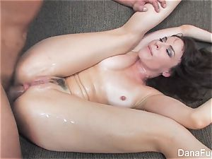Dana DeArmond gets an anal invasion drilling on the bed