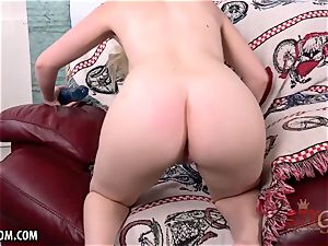 Casey Ballerini lubes her pussy up for you