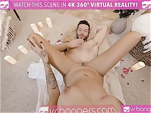 VR pornography - Thanksgiving Dinner becomes nasty penetrating