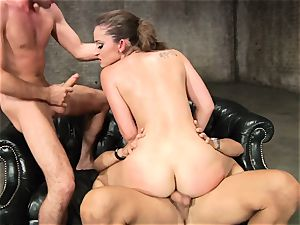 Dani Daniels enjoys getting her raw cunny wedged