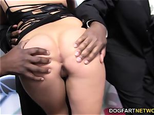 London Keyes luvs mass ejaculation with black meatpipes