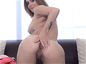 big-titted honey Mia Scarlett showcases off her bodacious body