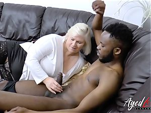 AgedLovE Mature Lacey Starr hardcore suck off