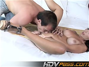 Mature dark haired Amy Fisher honeypot tonguing and ravage