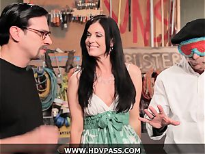mummy Busters India Summer pummeled with popshot