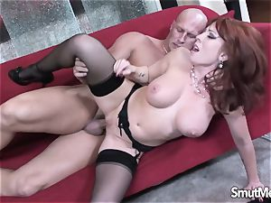 cougar sex industry star penetrates and slurps jizm