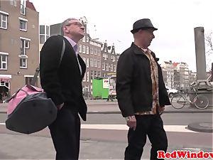 Pussyeaten amsterdam call girl likes tourist
