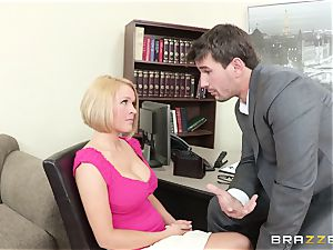 Krissy Lynn plowed by her super-naughty shrink