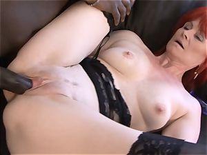 Mature woman interracial xxx cootchie plumbed gulps