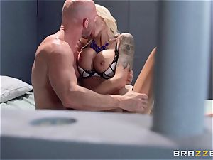 Nina Elle pounds a splendid con in front of her cheating hubby