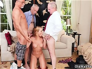 huge breasts black-haired unexperienced dt Frannkie And The gang Tag crew A Door To Door Saleswoman