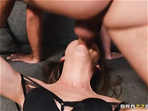 stunning Riley Reid assfuck penetrate with dangled mischievous Keiran