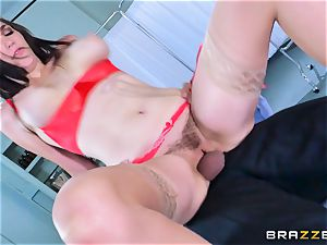 Holly Michaels getting steamy and sweaty with Kerian Lee