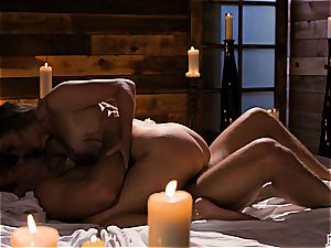 Mona Wales has a romantic love session with her marvelous fellow