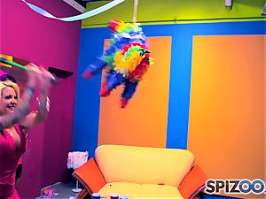 Jessica Jaymes and Helly Mae Hellfire know how ot have a good time