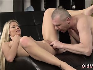 old gross boy nails nubile hardcore She is so killer in this brief miniskirt