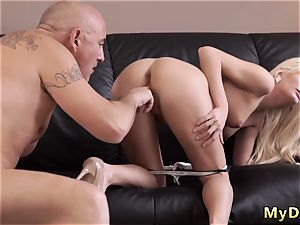 elderly men sucking penis kinky blondie wants to attempt someone lil bit more accomplished