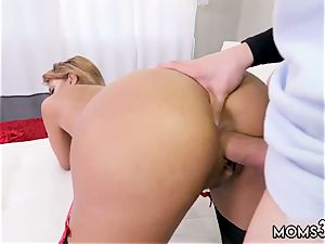 transsexual inexperienced gonzo super hot mummy poked Delivery boy