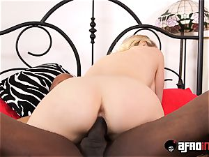 sensuous cougar analled and cum fed