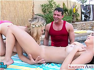 2 femmes at the pool naughty for a fine nail and facial