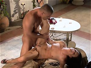 India Summers India Summers is luving the yam-sized man sausage pleasing her scorching puss har