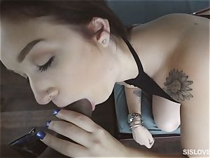 Naiomi Mae throating on her bothers fuckpole