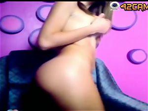 super warm nubile bob flash on live cam