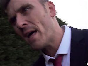 guy meat inhaling Ella Hughes slurping on strangers cock
