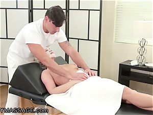 FantasyMassage Bailey Brooke On Top of masseurs cock!