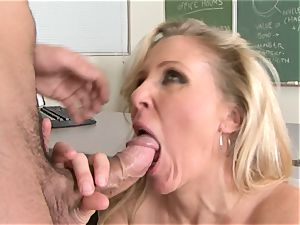 Julia Ann is a xxx cougar who wants to put her beaver on a hard salami