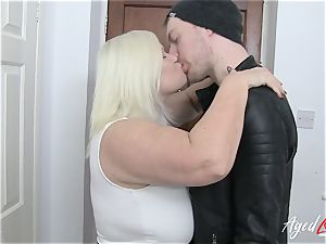 AgedLovE Lacey Starr entices hard-core fucky-fucky paramour